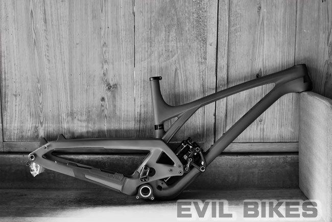 650-Yuris-offering-evil.jpg