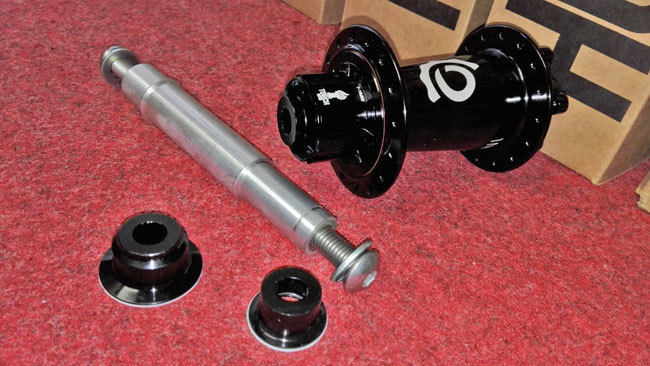 blog-i9-bolton-axle.jpg